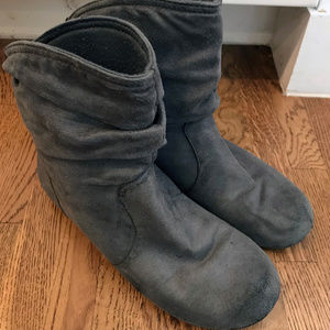 Gray Womens Slouch Ankle Boots, size 6